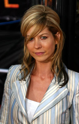 Cult NewsJenna Elfman shilling for Scientology at prayer ...