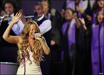 Mariah looking good