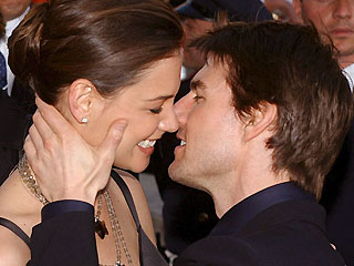 'Tom Cruise Loves Women'